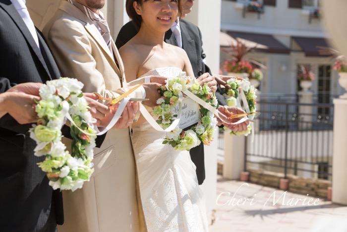 両家をつなぐ結婚式演出アイテム)リボンカットリース(ホワイト&グリーン)